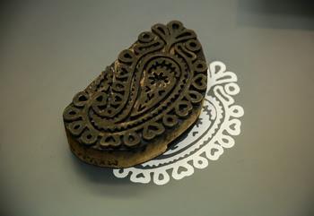 uzbekistan woodblock printed cloth, uzbekistan woodblock exhibition, uzbekistan art craft textile tours