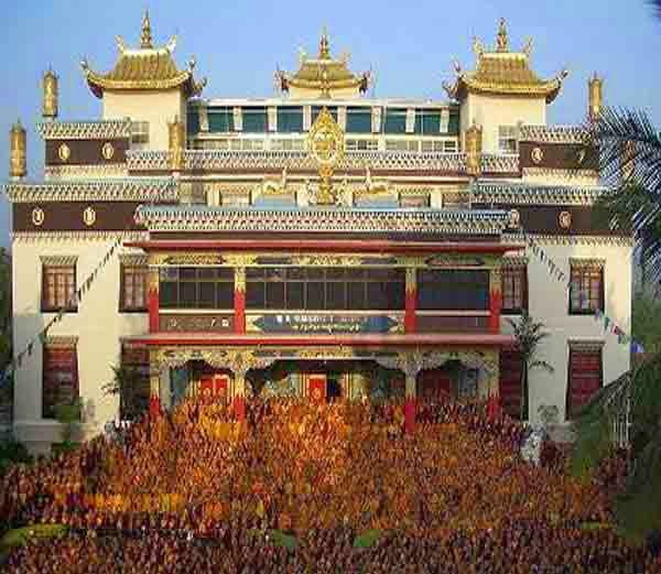 4. नामद्रोलिंग न्यिंगमापा मोनेस्ट्री (Namdroling nyingmapa monastery)- Hindi Itihas