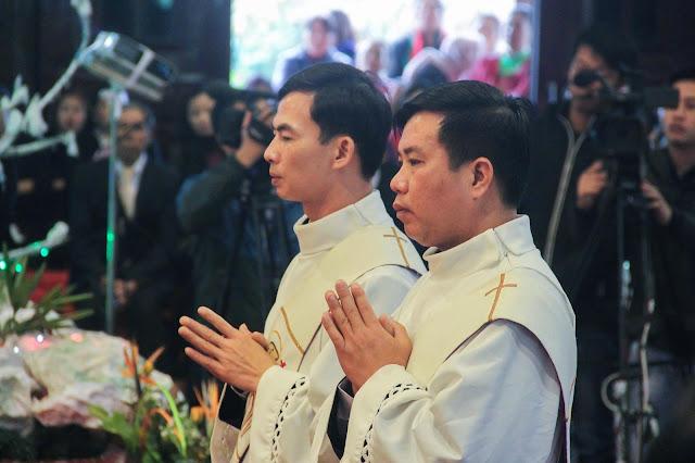 Lễ truyền chức Phó tế và Linh mục tại Giáo phận Lạng Sơn Cao Bằng 27.12.2017 - Ảnh minh hoạ 151