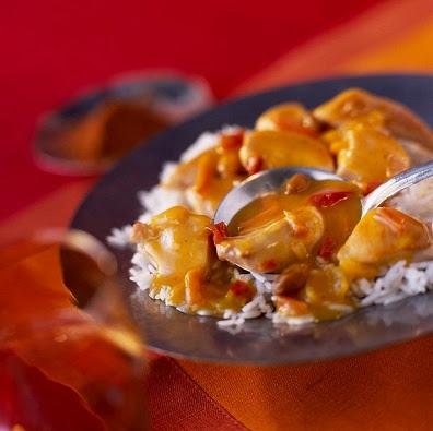 Pechuga de pollo a la nata liquida con pimenton