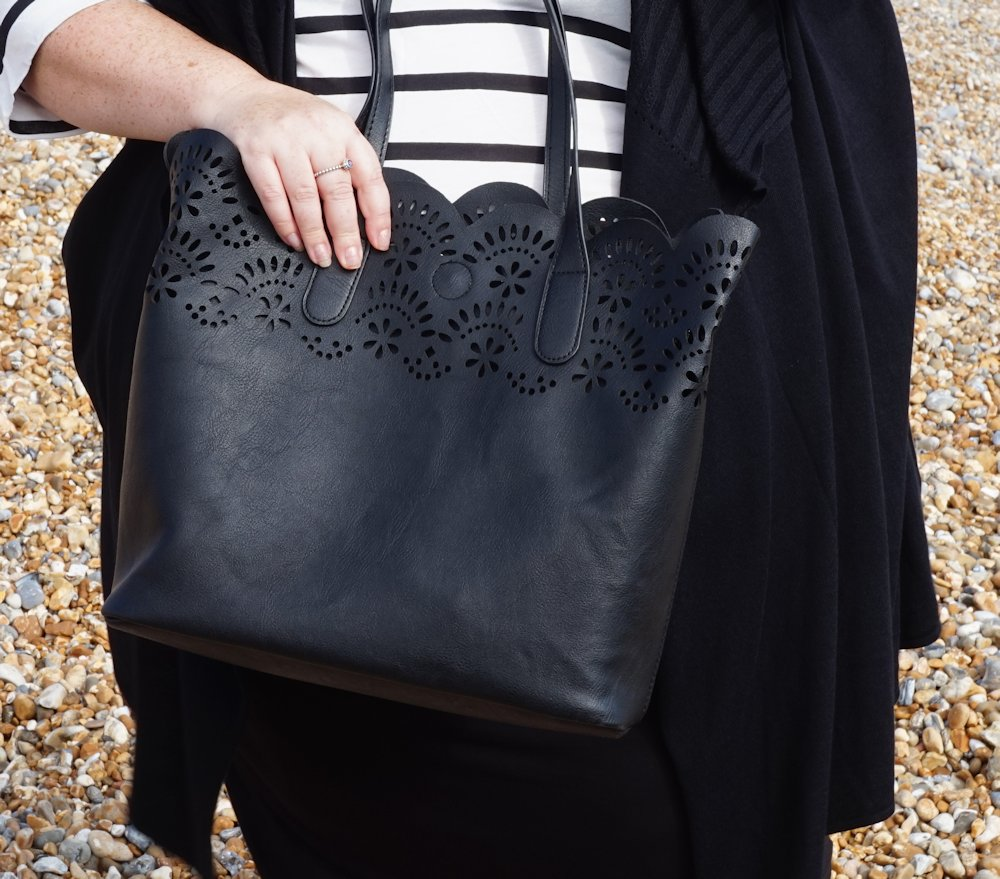 George at Asda 2 in 1 laser cut tote bag in black // www.xloveleahx.co.uk