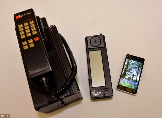 Simon, Smartphone Pertama Di Dunia