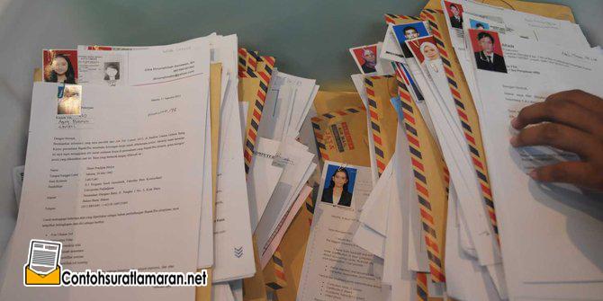 Contoh Surat Lamaran Kerja yang Baik dan Pasti Diterima