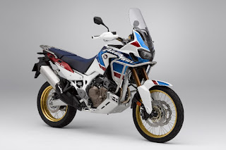Honda CRF1000L Africa Twin Adventure Sports (2018) Front Side