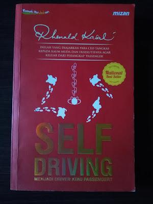 Cover Buku Self Driving : Menjadi Driver atau Passenger