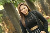 Nikesha Patel latest sizzling photos-thumbnail-3