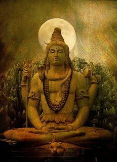 Thiruvairanikkulam Shiva temple is situated in Aluva in Ernakulam district