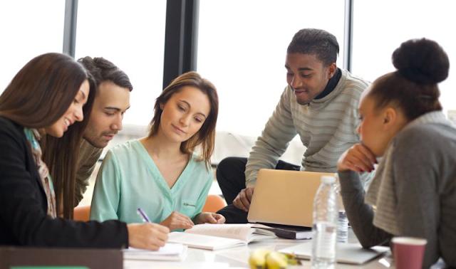 Tips Memilh Universitas Bisnis Manajemen Terbaik di Jakarta
