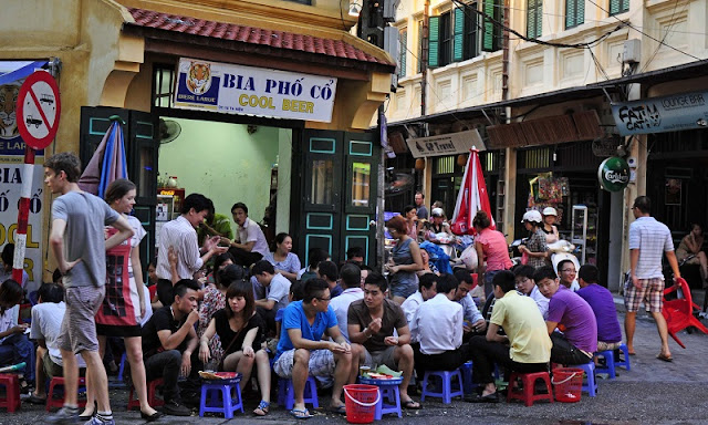 Top 10 charming points of Hanoi in the eyes of foreign travelers 6