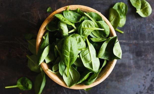 manfaat bayam hijau untuk kesehatan tubuh