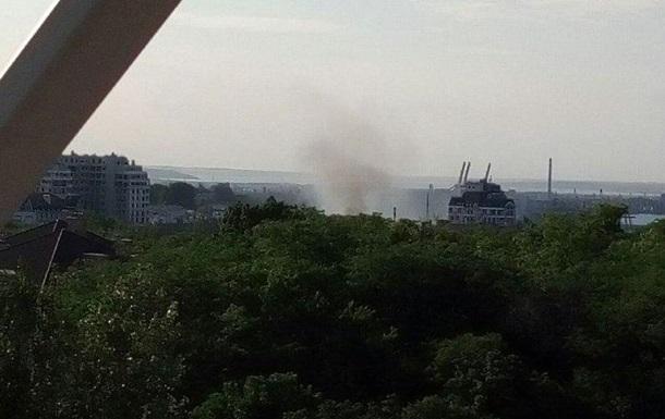 У центрі Одеси горить училище