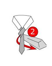 mengikat simpul dasi bentuk segitiga