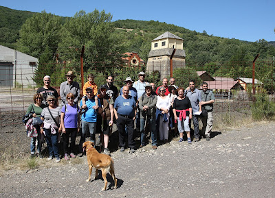 Foto de grupo en la ruta del estratotipo barrueliense