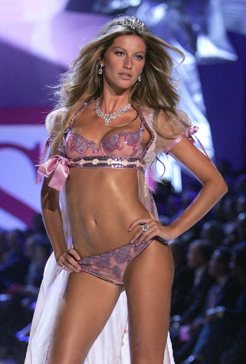 Gisele Bundchen Brazilian Fashion Model Actress Gisele