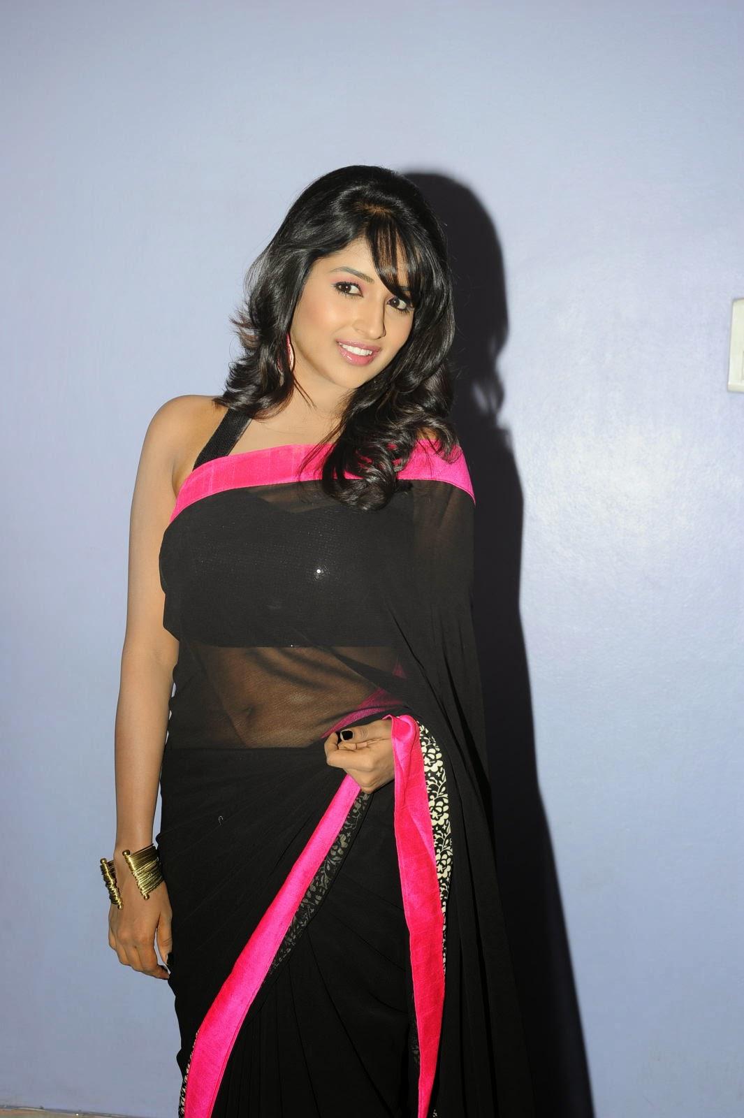 Isha Ranganath glam pics in saree-HQ-Photo-8