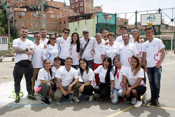Caracol-televisión-fundación-Fútbol-Corazón-Unidos-niñez-Cazucá