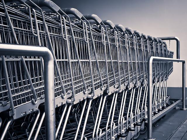 6 Perbedaan Belanja Online dan Toko Konvensional