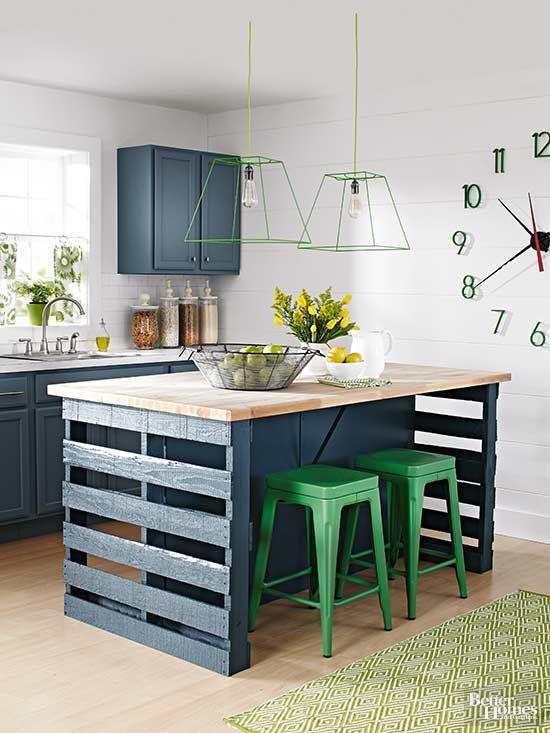 Cozinha com mesa de paletes