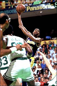 Mico Halili: Kevin Durant working on his Magic Johnson Sky ...