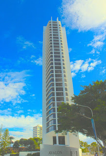 Avalon Apartments Surfers Paradise