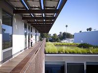 13 Yin-Yang House by Brooks + Scarpa Architects