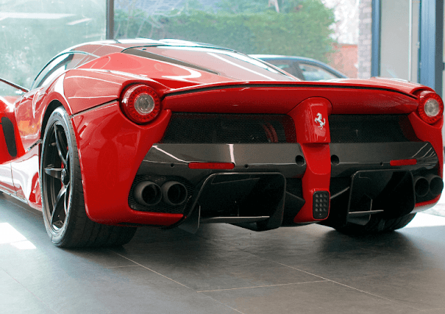 Ferrari LaFerrari rear