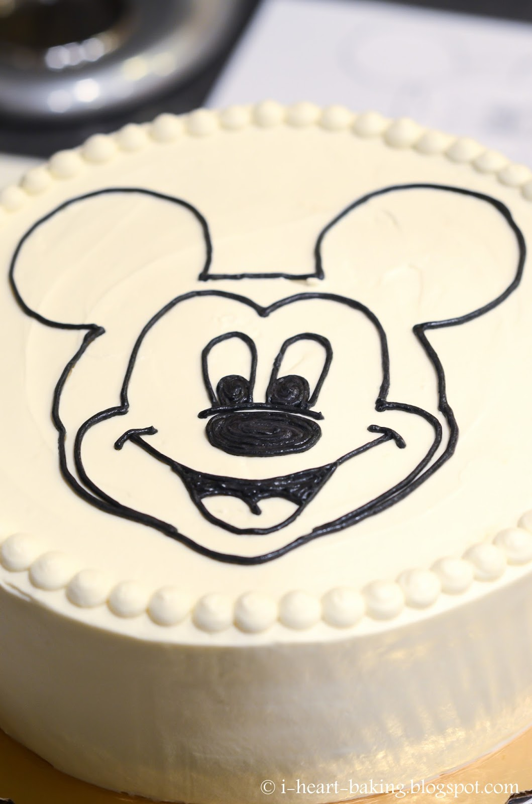 mickey mouse face template for cake - mickey mouse head outline