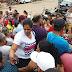 Pais e responsáveis se aglomeram em frente o Instituto Santa Juliana em busca de vagas para seus filhos