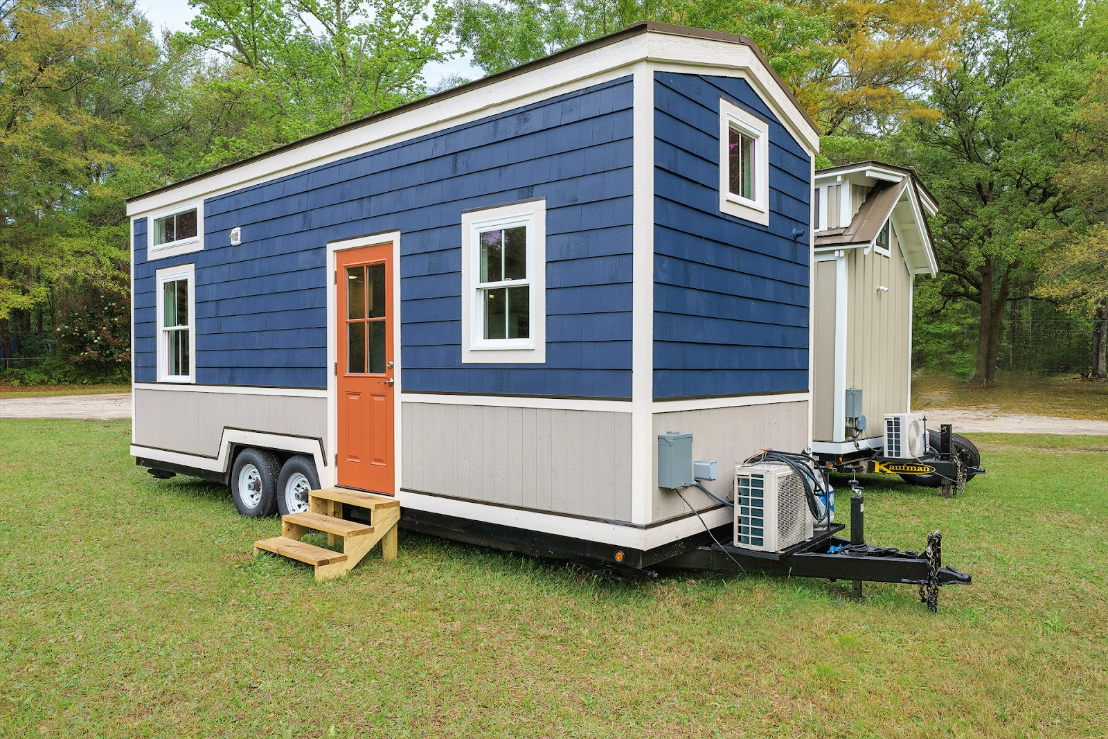 Tiny house town the indigo tiny house from driftwood homes usa - Around america in a tiny house ...