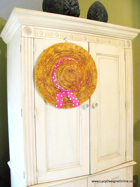 dimensional straw hat sculpture decor
