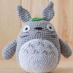 http://duendedeloshilos.es/wp-content/uploads/2016/09/Totoro.pdf