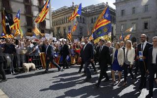 700 δήμαρχοι υπερασπίζονται το δικαίωμα σε δημοψήφισμα ανεξαρτησίας