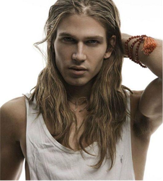 aqu las mejores imgenes de seductores peinados para hombres con pelo largocomo fuente de inspiracin with pelo largo para hombres