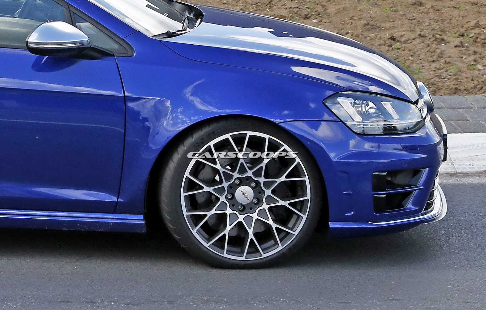 Spied: VW Nears Supercar Territory With Golf R400 Hyper