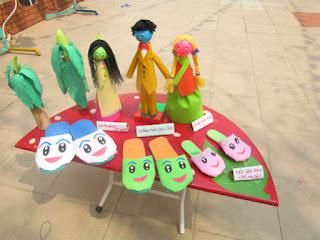 Hưởng ứng cuộc thi làm đồ dùng đồ chơi tự tạo