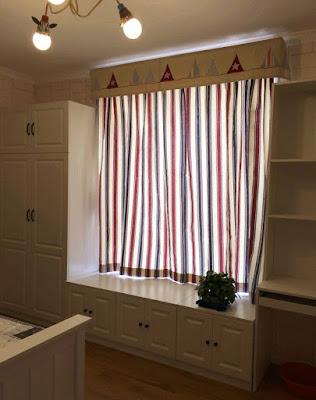 Cách đo kích thước cửa khi lắp rèm vải chính xác