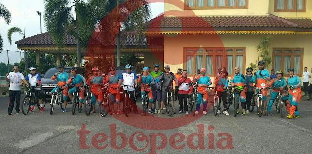 Ikuti Kegiatan Gerakan Seribu Helm Dan TSM, Ini Pesan Bupati Tebo