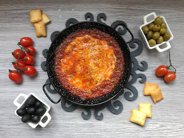 queso provolone gratinado con tomate y atún receta