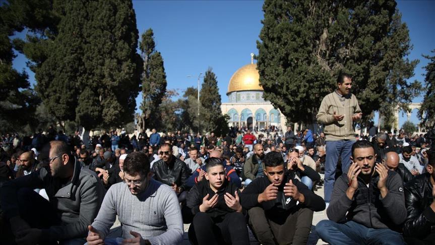 الجهوية 24 - نحو 27 ألف فلسطيني أدوا الصلاة في المسجد الأقصى (عزام الخطيب للجهوية24)