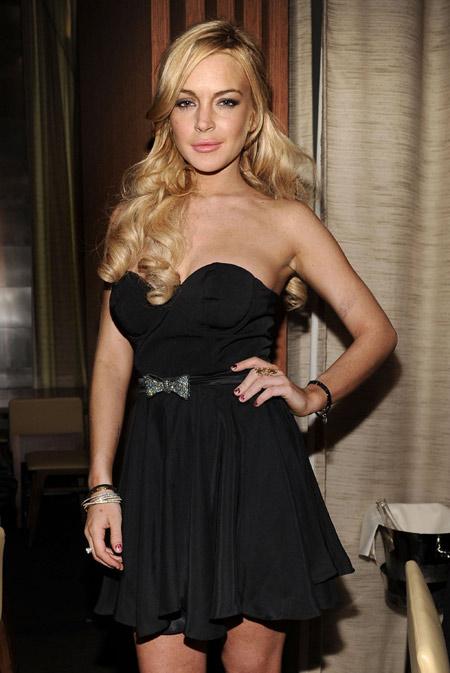 Topless Lindsay Lohan Nude Interview Photos