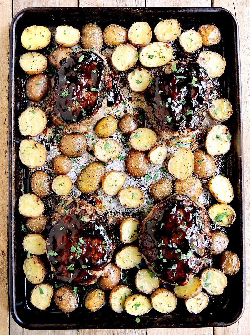 Simple and delicious, these Sheet Pan Mini Meatloaves are the answer to your weeknight meal needs from www.bobbiskozykitchen.com