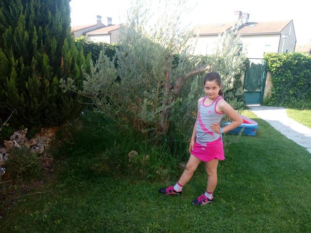 ropa deportiva para niña