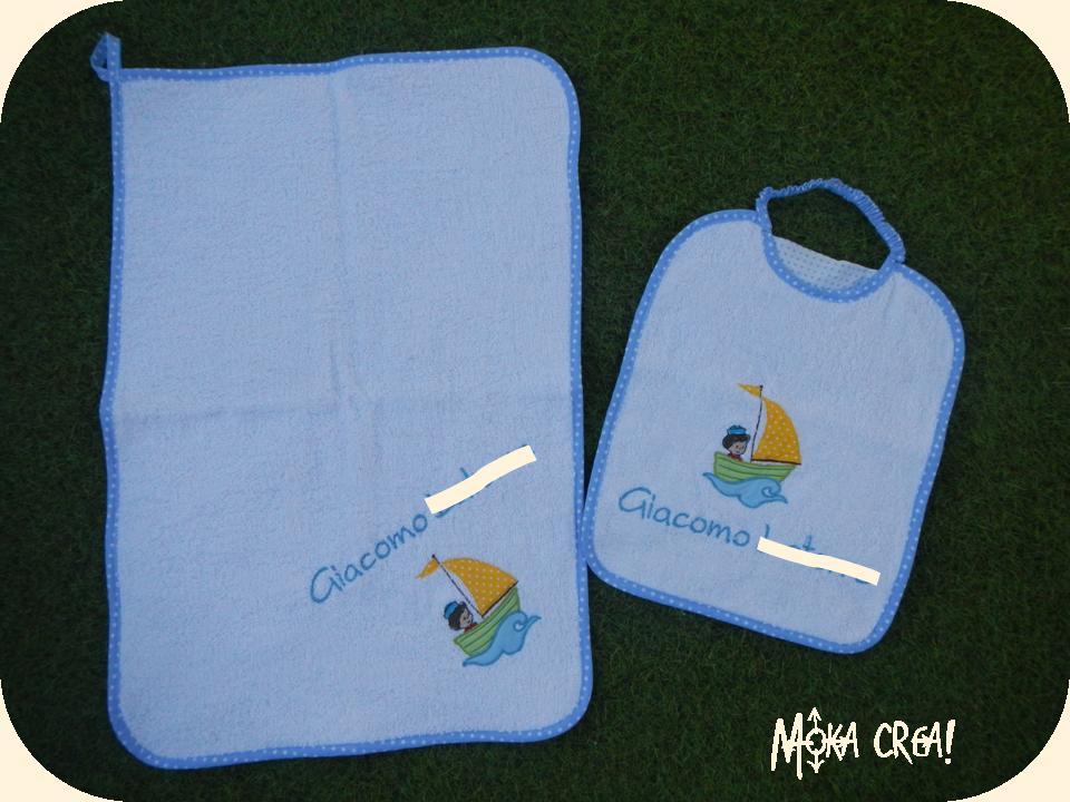 Asciugamani E Bavaglini Personalizzati.Moka Crea Set Asilo Ambientato A Tema Marinaro Per Giacomo