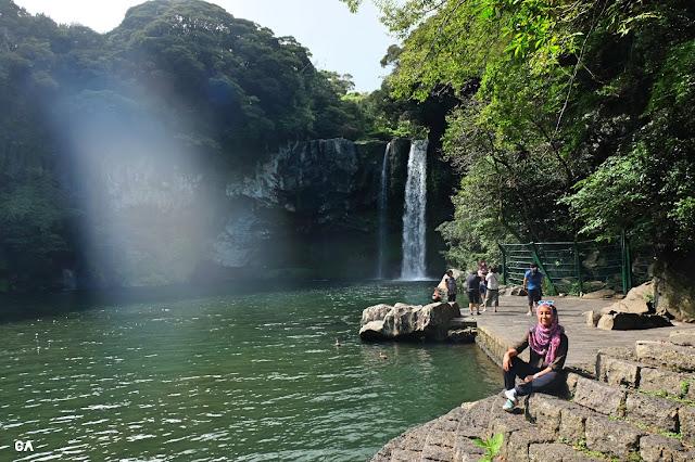 Cheongjiyeon Falls 천지연폭포 Jeju Korea Curitan Aqalili