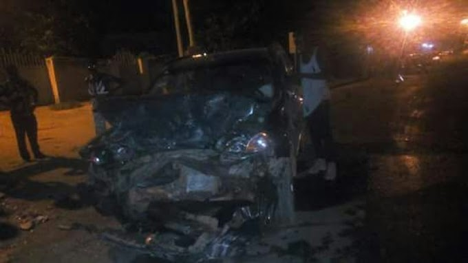 E/R: Two dead in gory accident
