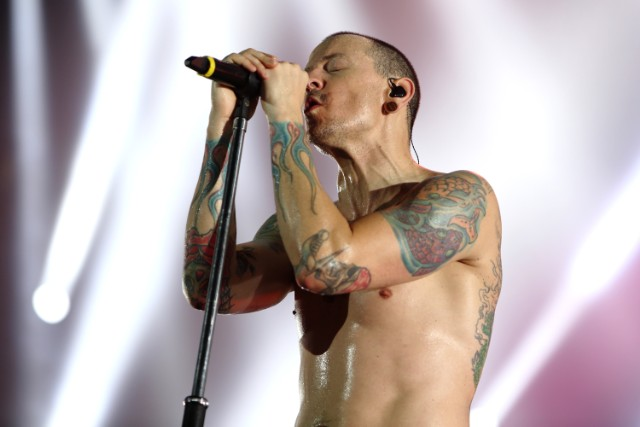 Kabar Duka, Vokalis Band Linkin Park Meninggal Bunuh Diri Setelah Rilis Video Klip Terbaru