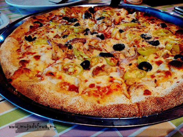review gino pizza kota bharu, gino pizza kota bharu, pizza sedap besar