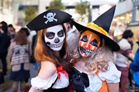 hóa trang halloween miễn phí