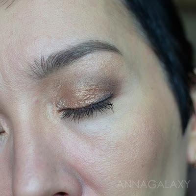 вариант макияжа с палеткой теней Rimmel Magnif'eyes Nude Edition Eye Palette