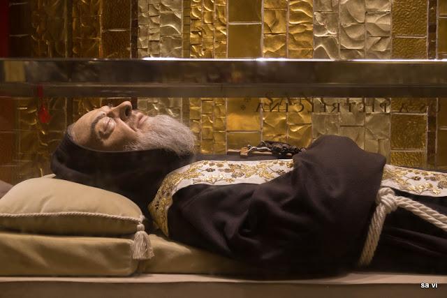 Padre Pio Grab